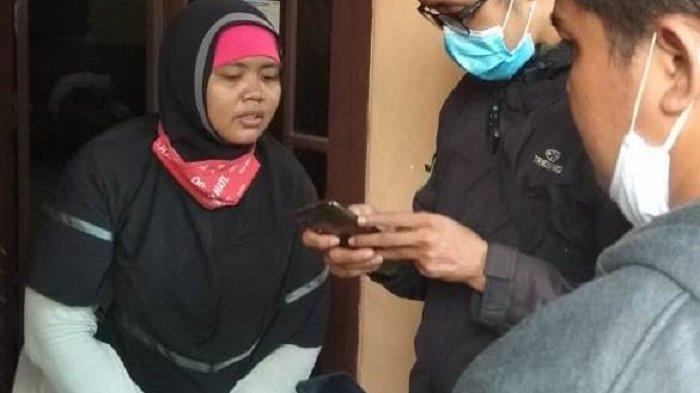 KISAH Emak-emak Driver Ojol Duel Lawan Begal, Selesaikan Orderan Nasi Goreng Setelah Rebut Celurit
