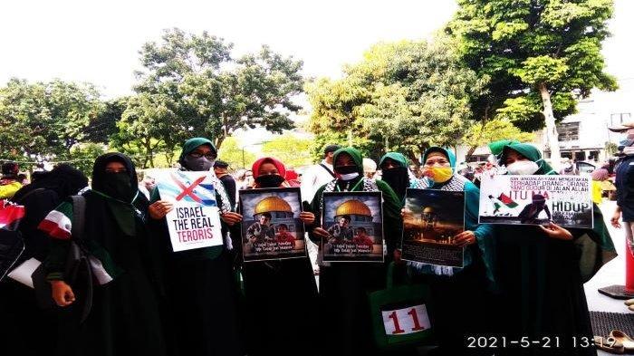 Emak-emak Kota Bogor Dukung Palestina, Minta Warga Kota Bogor Boikot Makanan dan Minuman Amerika