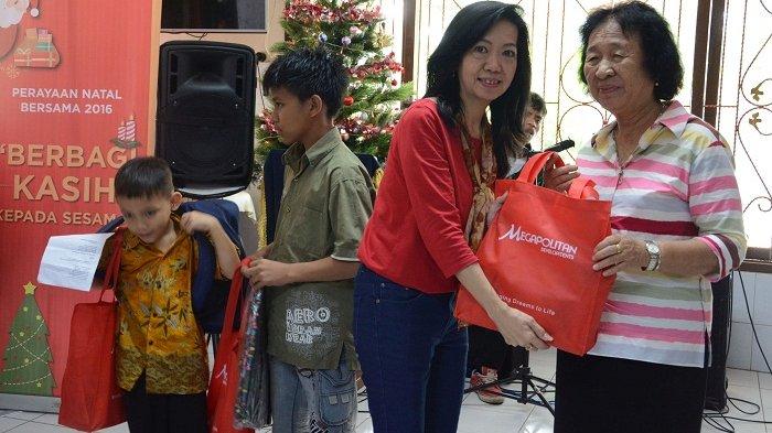 Sambut Natal, Pengembang Ini Berbagi di Panti Jompo dan Panti Asuhan