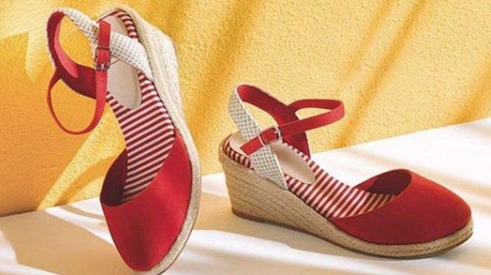 Model Sepatu musim panas terbaik untuk jalan-jalan dari Espadrille sampai Wedges