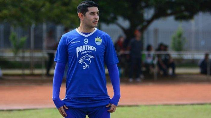 Esteban Vizcarra mengakui berhentinya Liga 1 menjadikan kondisi sulit buat seluruh pemain sepak bola di Indonesia