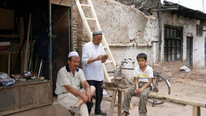 TKN Jokowi-Ma'ruf Amin Minta Klarifikasi Represi Terhadap Muslim Uighur Tiongkok