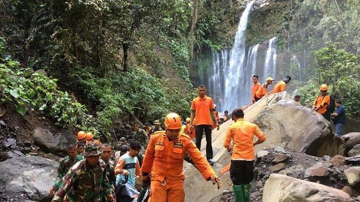 Dilanjutkan,Evakuasi Korban Longsor Air Terjun Tiu Kelep Lombok Pascagempa Magnitudo 5,4