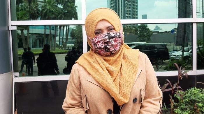VIDEO Evie Tamala Andalkan Tabungan Selama Pandemi Covid-19, Tak Terima Tawaran Menyanyi virtual