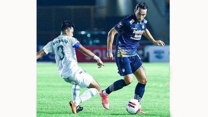 Melaju ke Final Piala Menpora 2021, Robert Alberts Masih Belum Puas Dengan Permainan Pemain Persib