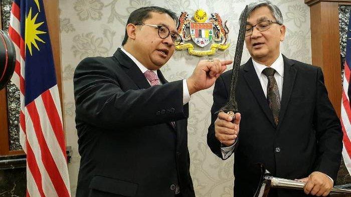 Arah Politik Luar Negeri Indonesia Makin Memudar Antara Lain Cuek Rohingya dan Uighur
