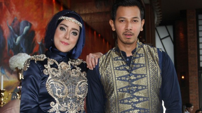 Sonny Septian Ungkap Kondisi Terbaru Fairuz A Rafiq Setelah Pingsan Jadi Saksi Perkara Bau Ikan Asin