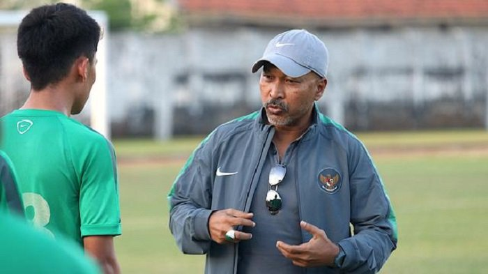 TERUNGKAP Alasan Fakhri Husaini Tutup Pintu untuk Latih Klub-klub profesional Indonesia