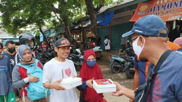 Tidak Lelah Berbagi di Tengah Pandemi Virus Corona, Fariz RM: Berikan Hal Baik untuk Sesama