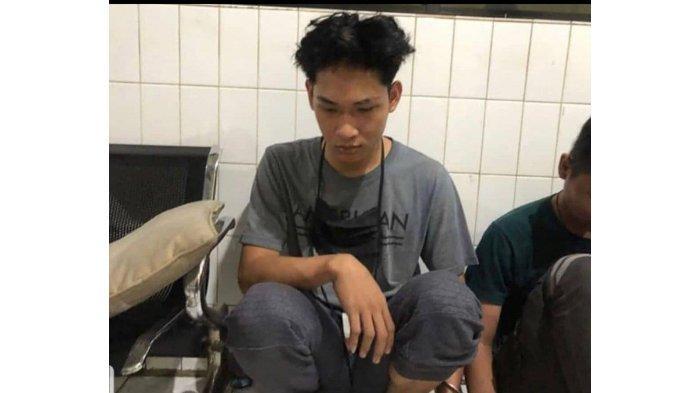 BREAKING NEWS Polisi Tangkap Ferdian Paleka, Youtuber Prank Sembako Isi Sampah ke Waria