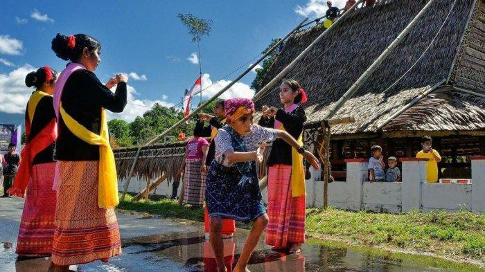 Festival Teluk Jailolo Ikut Mengangkat Perekonomian Masyarakat Halmahera Barat