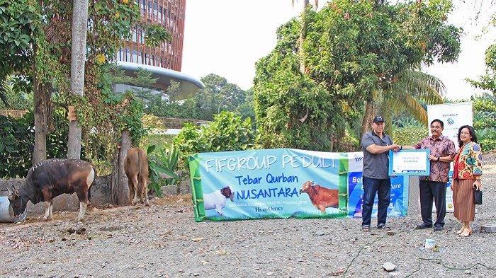 FIFGROUP Tebar Kurban Nusantara, Berbagi dengan Sesama 526 Kambing dan 2 Sapi Senilai Rp 1,4 Miliar