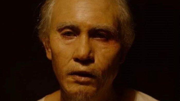 Film Buya Hamka telah selesai digarap rumah produksi Falcon Pictures dan Starvision. Di film Buya Hamka, Vino Bastian menjadi Buya Hamka. Vino Bastian menggunakan make up prostetik sebagai Buya Hamka tua.