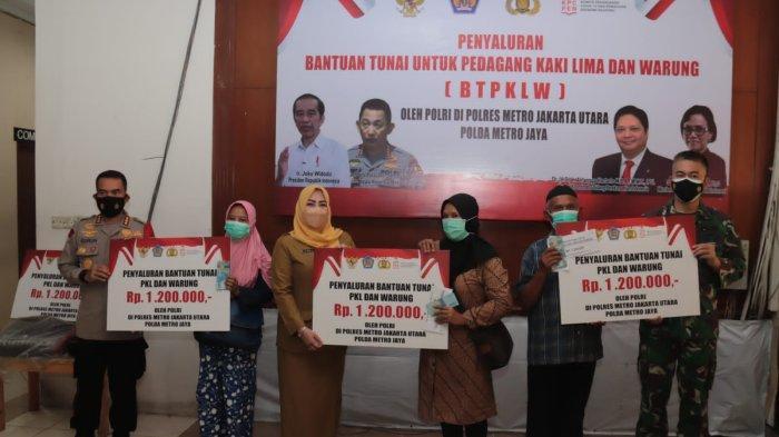 PKL dan Pemilik Warung di Jakarta Utara Mendapat Bantuan Tunai Rp 1,2 juta di Polres Jakarta Utara