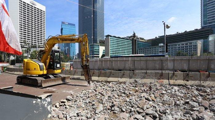 BERITA FOTO: Pemprov DKI Gencar Lakukan Revitalisasi Trotoar di Sejumlah Kawasan