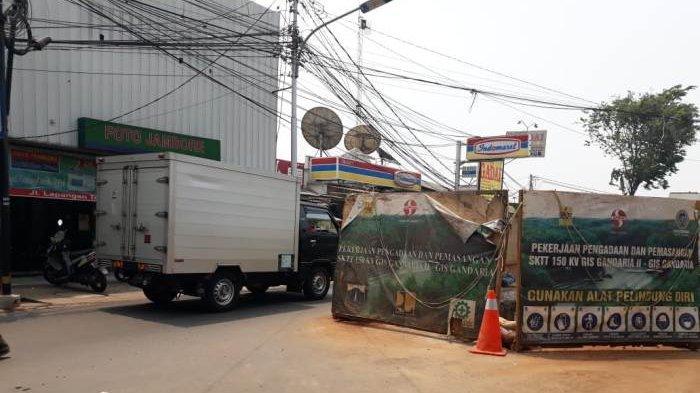 Kemacetan Diduga Terjadi Dampak Proyek Galian Kabel di Sejumlah Titik Jalan Lapangan Tembak