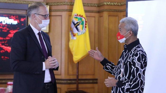 Duta Besar Denmark untuk Indonesia, Lars Bo Larsen menemui Gubernur Jawa Tengah Ganjar Pranowo saat berkunjung ke Pemprov Jateng, Rabu (22/9/2021).