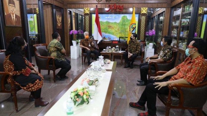 Dinilai Mampu Membimbing, Ganjar Didapuk Sebagai Dewan Pembina ESI Jawa Tengah
