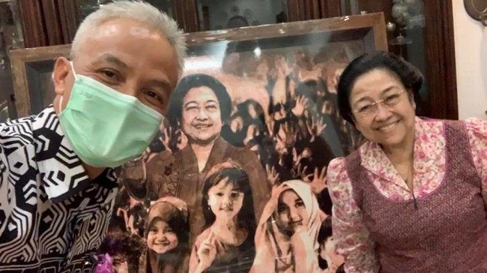 Serahkan Lukisan Karya Djoko Susilo, Gubernur Ganjar Nge-vlog Bareng Bu Mega