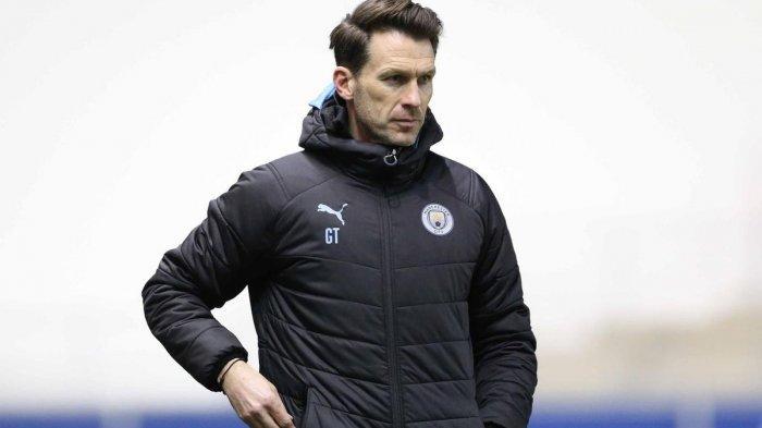 Gareth Taylor pelatih tim Manchester City Wanita