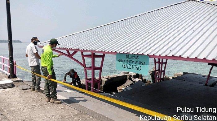 Ikon Wisata Jembatan Cinta di Pulau Tidung Ambruk