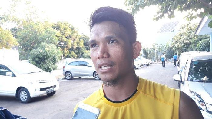 Bantu Masyarakat Terdampak Covid-19, Gelandang Persija Sumbang 200 Makanan dan 150 Kue di Palu
