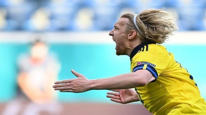 Pemain Swedia Emil Forsberg Cetak Rekor Gol Tercepat di Piala Eropa 2020 Saat Taklukkan Polandia 3-2
