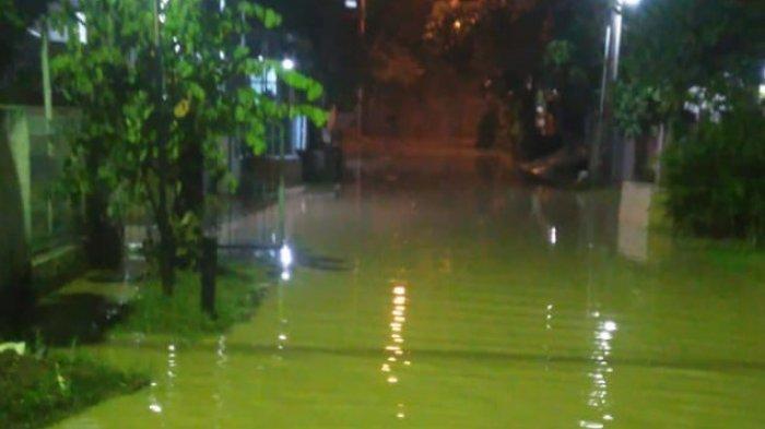 Sejumlah Lokasi di Pinggir Kali Bekasi Terendam Banjir Kiriman Kabupaten Bogor