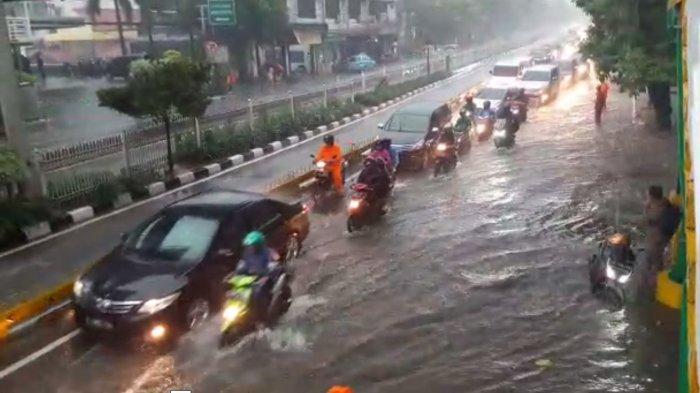 Jalur Busway Banjir, ini Pengalihan Rute TransJakarta Minggu (23/2/2020)
