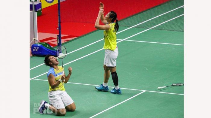 Ekspresi kemenangan Greysia/Apriyani setelang mengalahkan pasangan Thailand di final Thailand Open