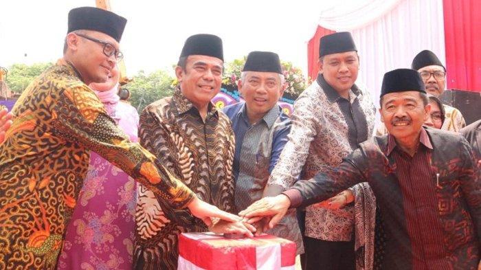 Bersama Wali Kota Bekasi, Menteri Agama Resmikan Ground Breaking Kantor Departemen Agama Kota Bekasi