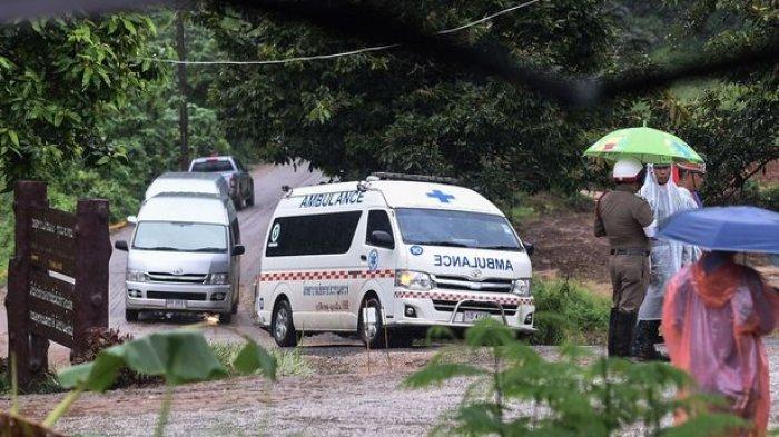Penyelamatan Menegangkan Berhasil Evakuasi 12 Pemain Bola dan Pelatih dari Gua Banjir