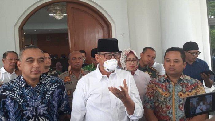 VIDEO: Gubernur Banten dan Wali Kota Tangerang Raya Rapat Terbatas Bahas Virus Corona