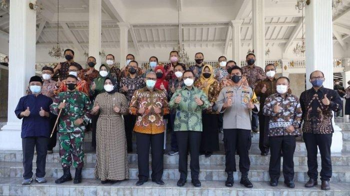 Gubernur DKI Jakarta Anies Baswedan Pulang Kampung ke Kuningan, Jawa Barat