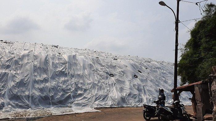 Untuk Kurangi Bau Menyengat, Buffer Zone Diharapkan Dapat Dibangun Mengelilingi TPA Cipayung Depok