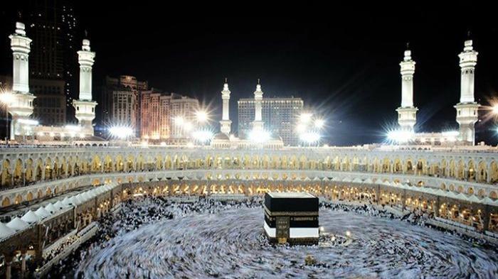Jamaah Haji Tiongkok Berangkat Menuju Tanah Suci Mekah
