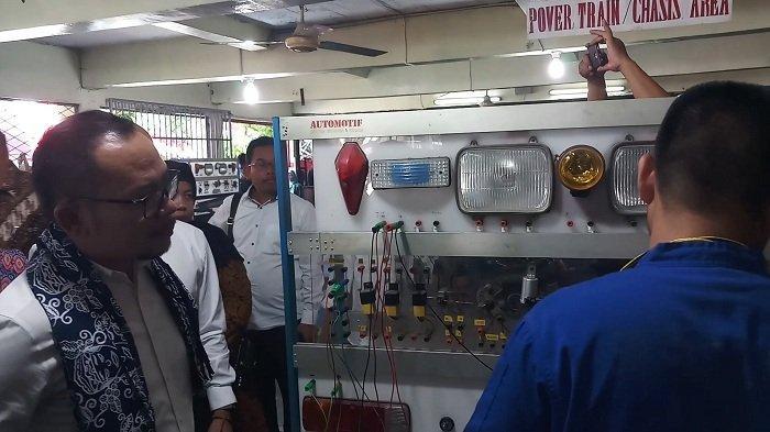 Menaker Janji Kucurkan Rp 1 Miliar Bangun BLK di Bekasi