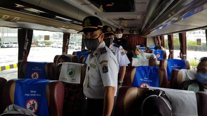 Larangan Mudik, Tujuh Calon Penumpang Bus AKAP di Terminal Bus Terpadu Pulo Gebang Tidak Bisa Mudik