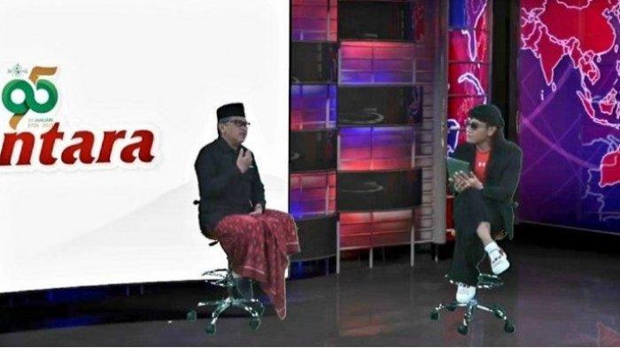 Sekjen PDIP Hasto Kristiyanto Sarungan Saat Harlah NU ke-95, Katanya Itu Ajaran Megawati, Kok Bisa?