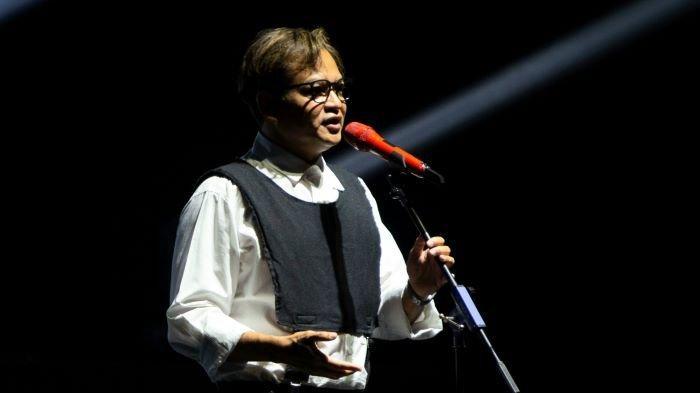 Hedi Yunus Nyanyikan 'Denganmu Cinta', Tandai 35 Tahun Berkarya Sekaligus Kado Ulang-Tahunnya ke-53