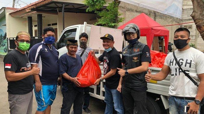 Prihatin Dampak Covid-19, Honda Rebel Owner Community Terjun Langsung Bagikan Sembako