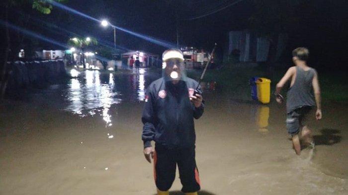 Hujan Deras Sejak Sore Hari, Vila Nusa Indah Bojongkulur Terendam Banjir