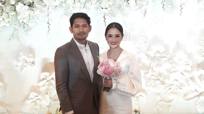 Ririn Ekawati dan Ibnu Jamil diresmikan sebagai pasangan suami dan istri setelah menggelar akad nikah di salah satu hotel di kawasan Tanah Abang, Jakarta Pusat, Sabtu (30/1/2021).