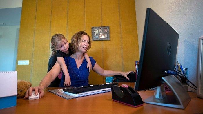Keharmonisan Keluarga KunciHadapi Stres dan Kecemasan Ibu saat Pandemi Covid-19