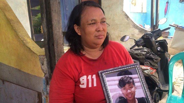 Permintaan Tri Ambarwati, Ibunda Remaja yang Tewas Dibakar: Tangkap Semua Pelakunya dan Hukum Mati!