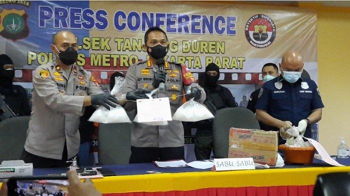 Ibu Rumah Tangga Residivis Narkoba Dibekuk Polisi di Depok, Simpan Sabu 3 Kg di Tangki Toyota Camry