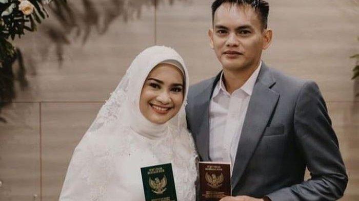 Pedangdut Ikke Nurjanah dan Karlie Fu menikah, Jumat (5/2/2021).