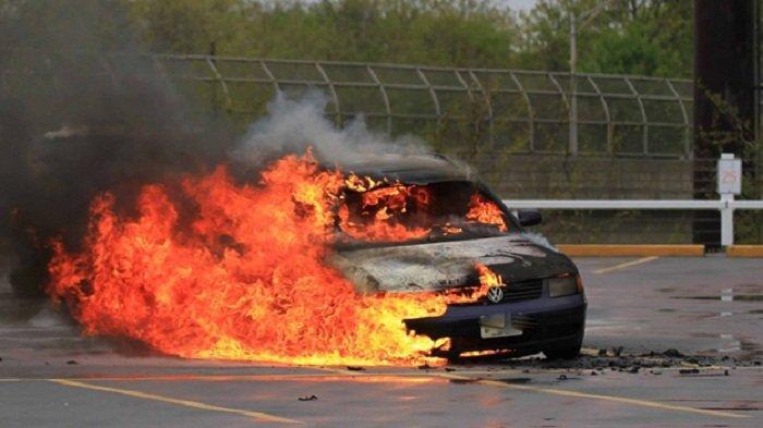 Awas, Ini Deretan Penyebab Mobil Bisa Terbakar Tiba-Tiba selain Korsleting, Simak ya!