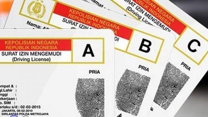 Masyarakat Sulit Dapat SIM C, Pegiat Antikorupsi Emerson Kirim Surat ke Jokowi, Mahfud MD & Kapolri