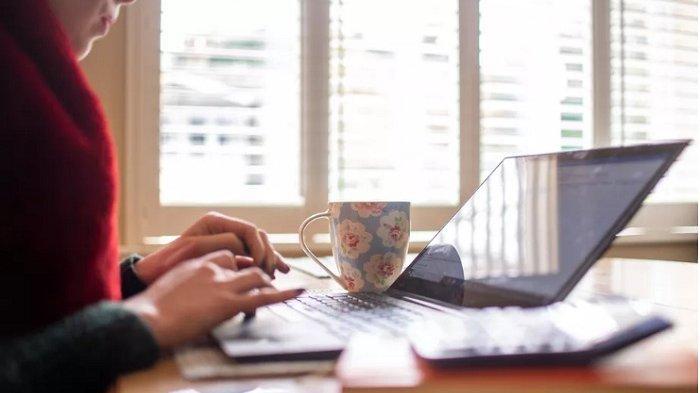 Begini Tips Agar Tetap Sehat saat Work From Home